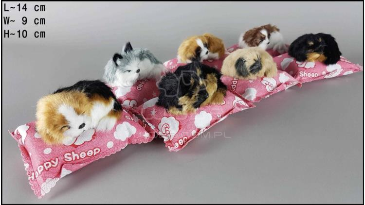 Little dogs on a pink bamboo pillow (7 pcs in a box)