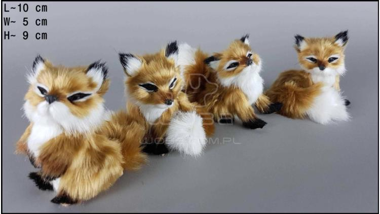 Middle-sized little foxes (4 pcs in a box)