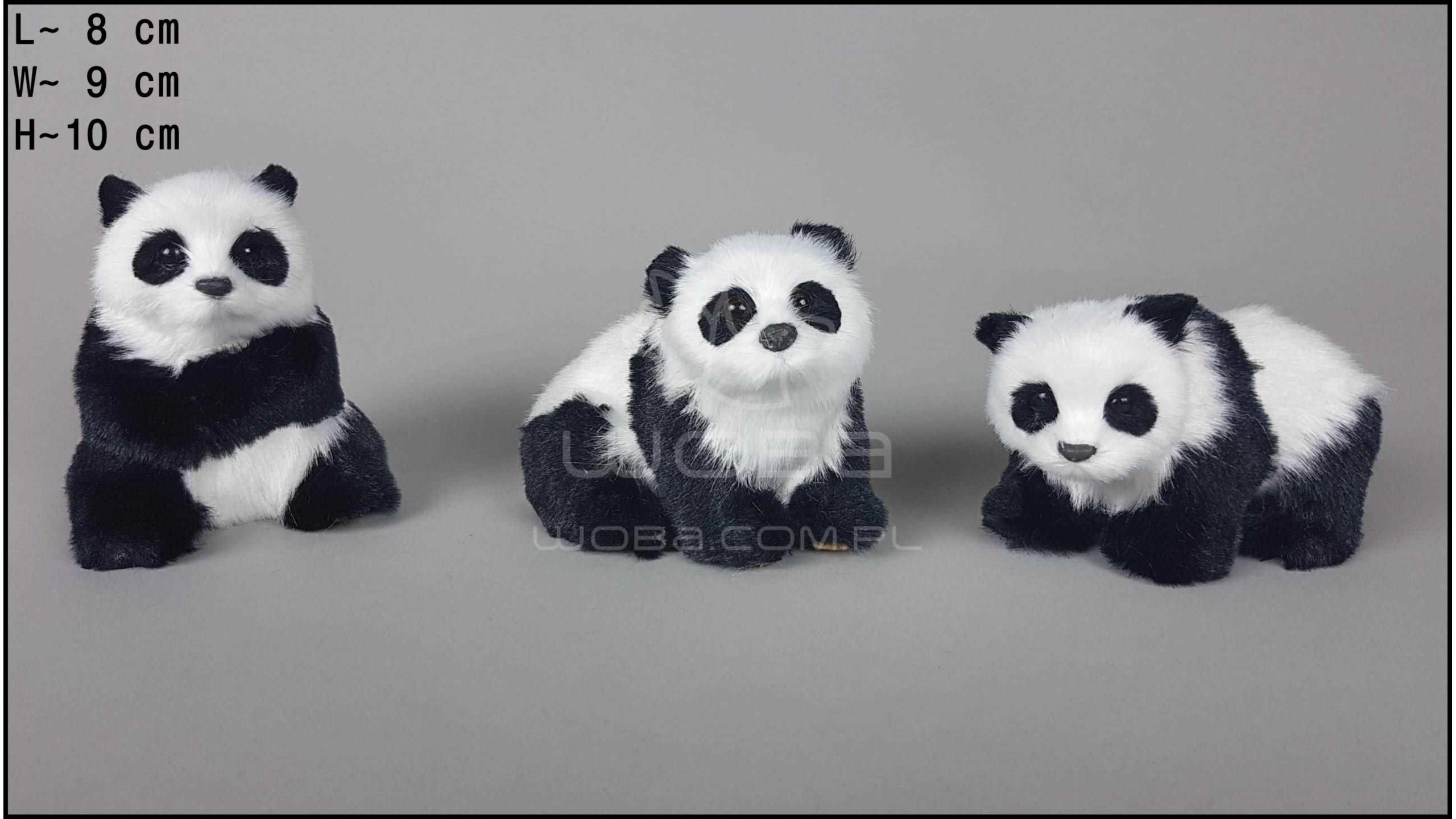 Middle-sized pandas (3 pcs in a box)