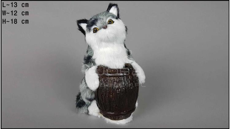 Cat with a barrel - Grey
