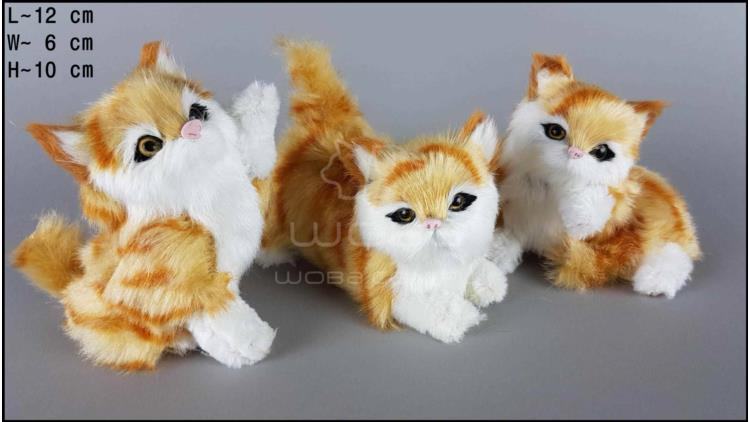 Kittens - 3 poses, auburn (3 pcs in a box)